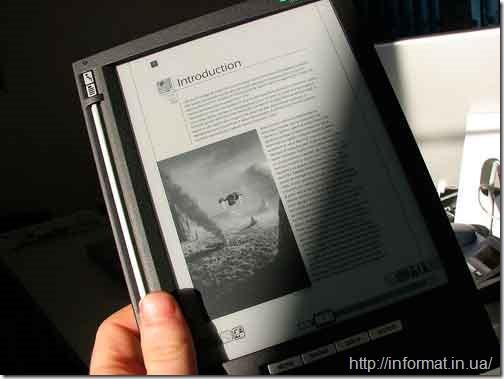 Монітор на основі електронних чорнил (електронний папір)